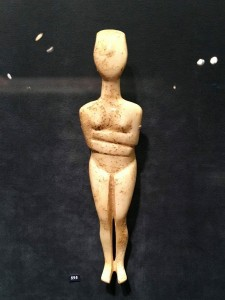 Female figurine of the canonical type, Kapsala variety, marble Cycladic (2800_2300 BCE)