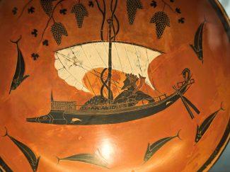 kylix- Dionysus on ship